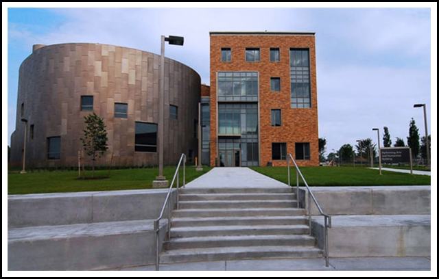 The Performing Arts and Humanities Facility (PAHF) provides new, state-of-the-art facilities for arts and humanities departments and programs. Designed for construction in two phases, the PAHF is a natural extension of the campus to the north, creating a strong relationship with the current campus buildings and enhancing the circulation of the campus. 
